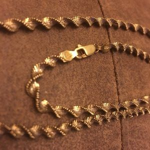 Vintage Italy Silver Twisted Herringbone Necklace